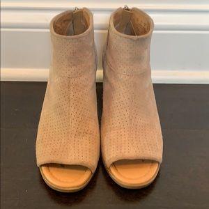 Franco Sarto Fall Booties Size 7M
